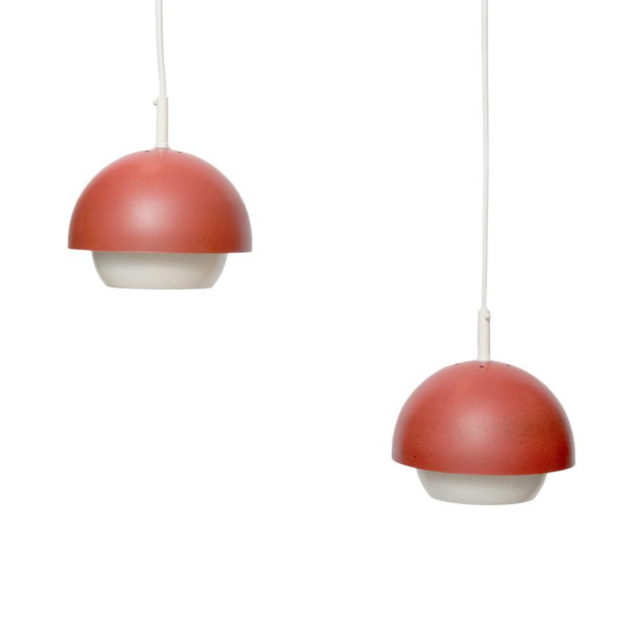 Home / Lampen / 2 jaren u201950/u201960 bollampjes