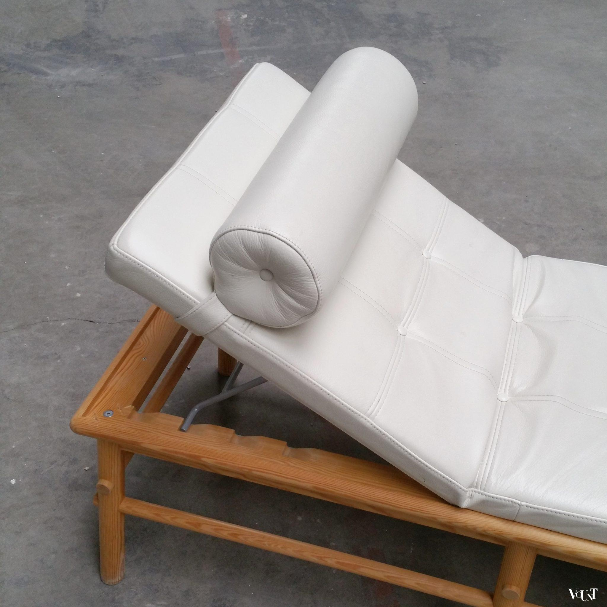 Ikea PS ligbed daybed August (Nike Karlsson, 2009)