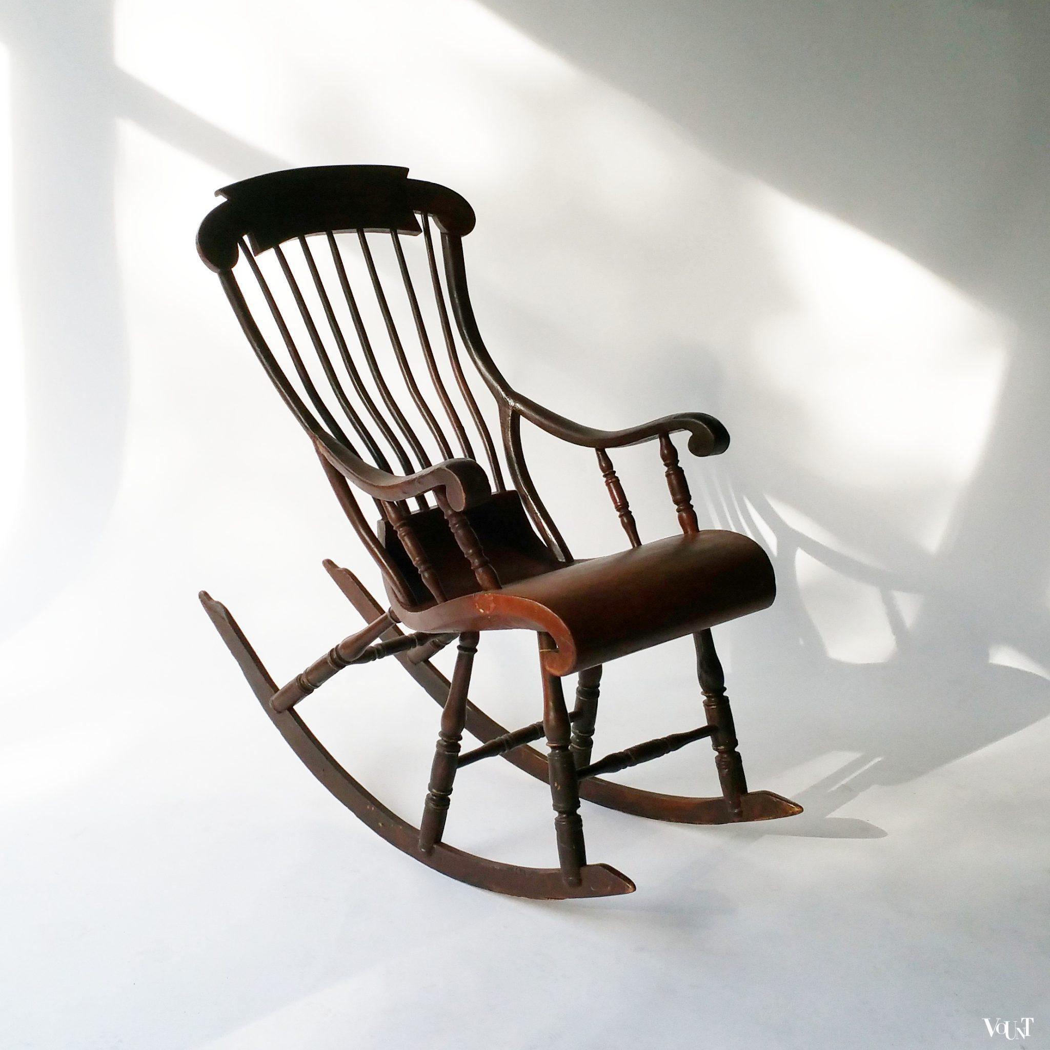 Scandinavisch Design Schommelstoel.Antieke Scandinavische Schommelstoel Vount Vintage