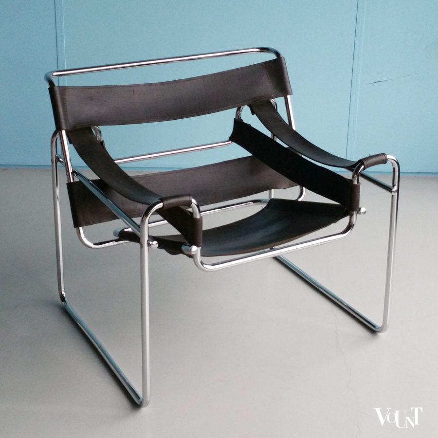 Wassily stoel marcel breuer donkerbruin juchtleer jaren for Bauhaus stoel leer