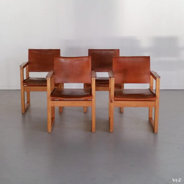 Set van 4 jaren '70 stoelen met juchtleer