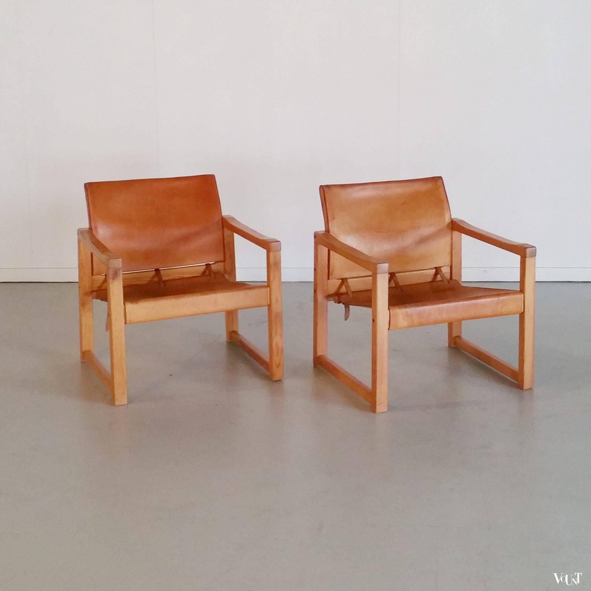 2 Leren Stoeltjes.2 Leren Safaristoelen Diana Karin Mobring Zweden Jaren 70