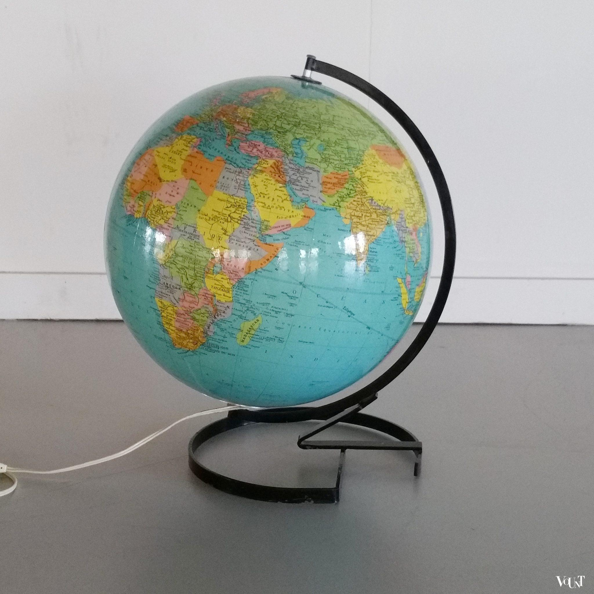 Awesome Globe Met Verlichting Contemporary - Ideeën Voor Thuis ...