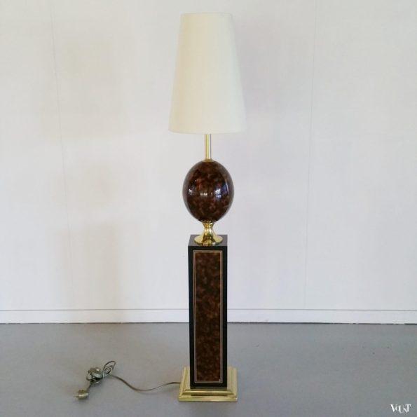 Vloerlamp met keramisch struisvogelei, Maison Le Dauphin, jaren '70/'80
