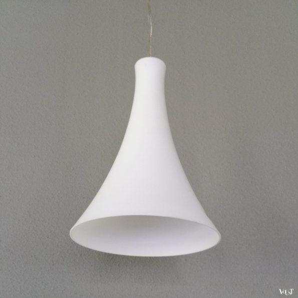 Opaline hanglamp van Peill & Putzler