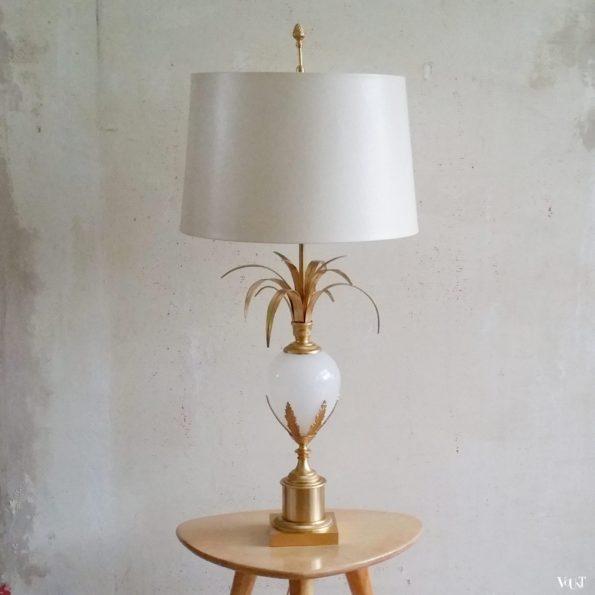 Ostrich Egg Lamp of struisvogelei tafellamp, S.A. Boulanger, jaren '70