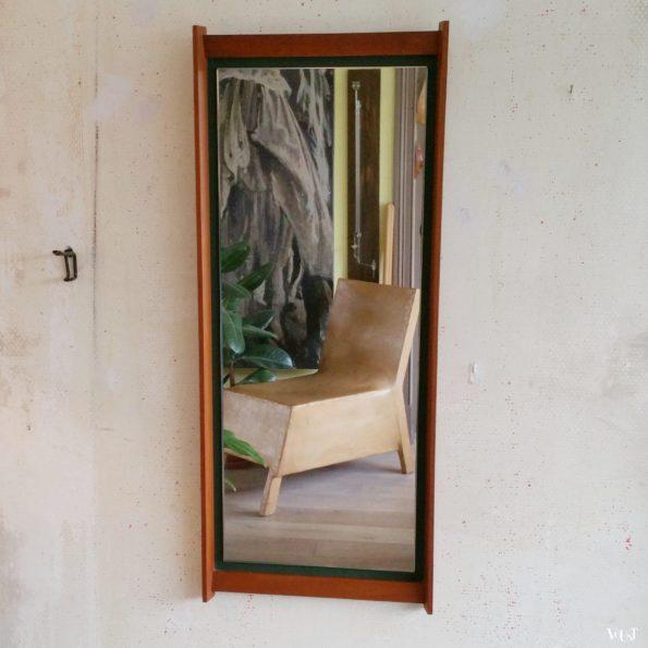 Teakhouten rechthoekige wandspiegel, jaren '60