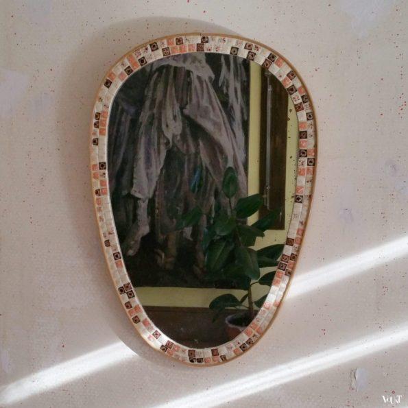 Jaren '50 spiegel met mozaïekrand