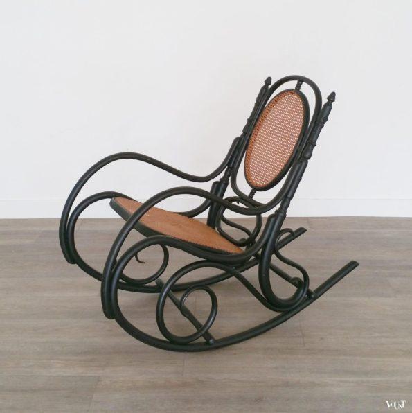 Zwarte bentwood schommelstoel Fischel, jaren '20