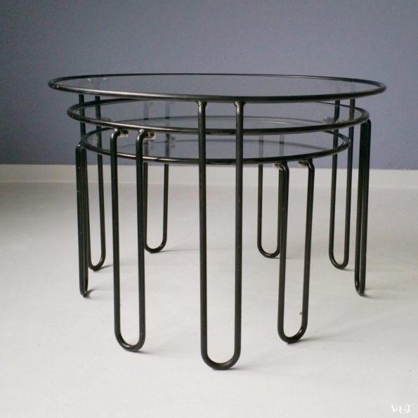 Set van 3 minimalistische ronde bijzettafels, jaren '70