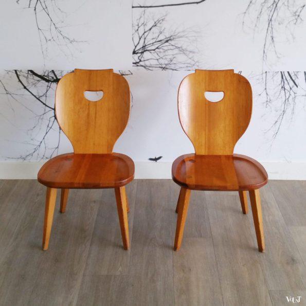 Set van 2 lage grenen stoelen, Carl Malmsten voor Svensk Fur, jaren '50