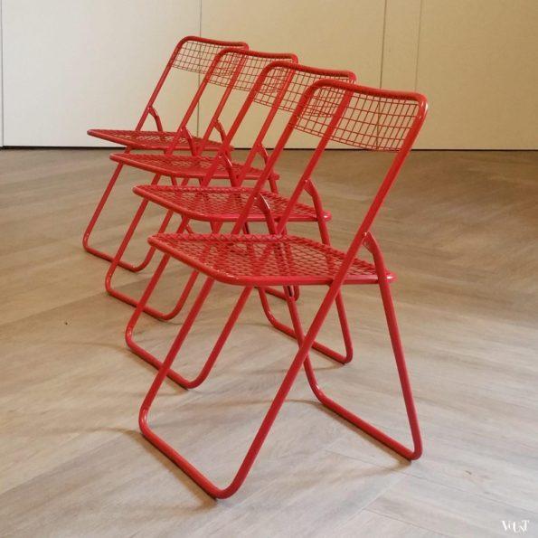 """Set van 4 rode metalen """"Ted Net"""" klapstoelen, Niels Gammelgaard voor Ikea, jaren '70"""
