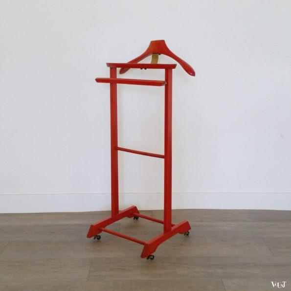 Rode dressboy op wieltjes, jaren '60