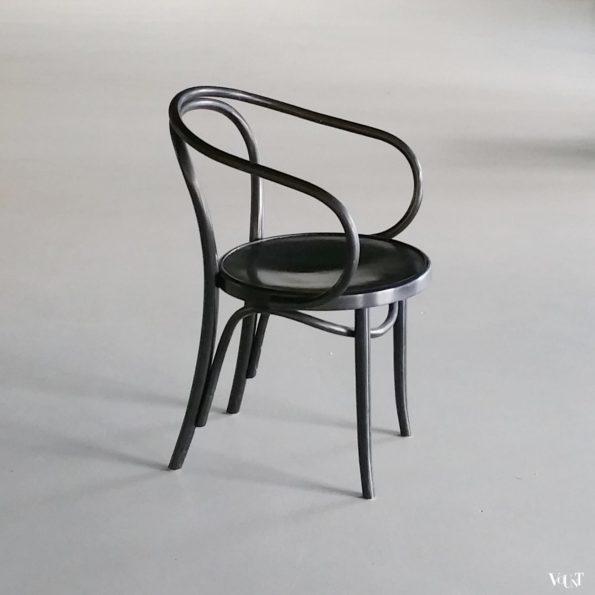 Zwarte nr. 209 of Le Corbusier stoel
