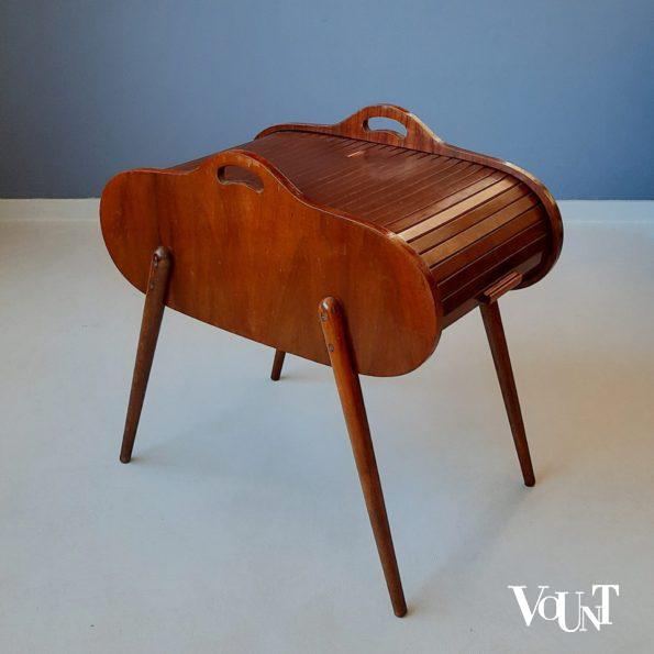 Vintage houten naaidoos op poten, jaren '50/'60