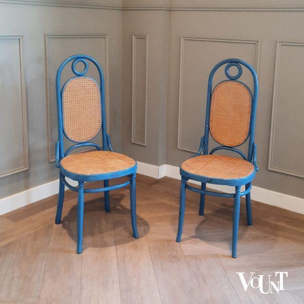 Set van 2 blauwe stoelen nr. 17, jaren '70