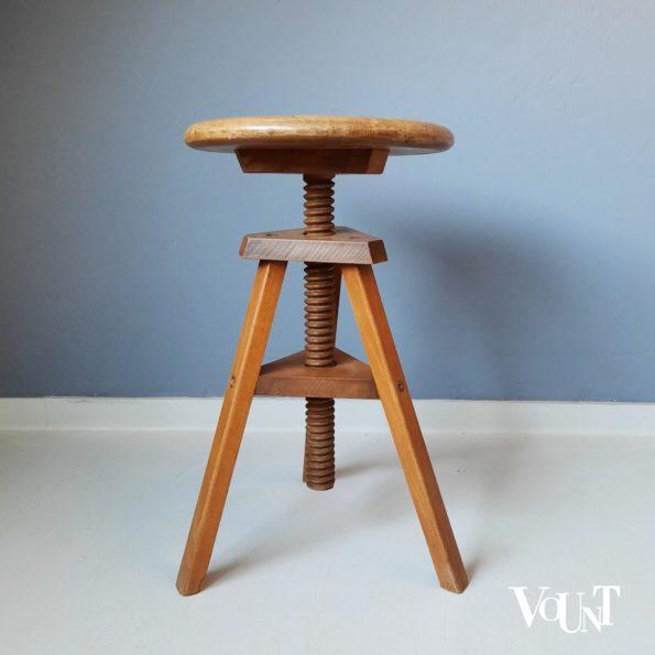 Vintage houten atelierkruk