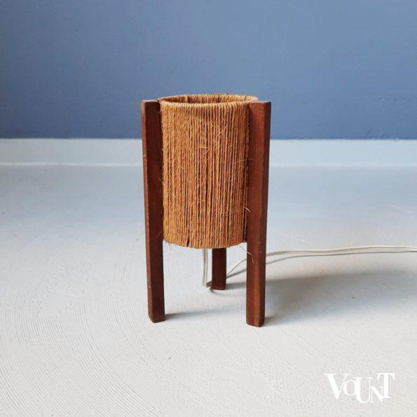 Driepoot tafellampje hout en touw, jaren '50