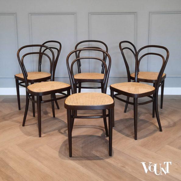 Set van 6 originele bruine Thonet-stoelen nr. 214, jaren '70